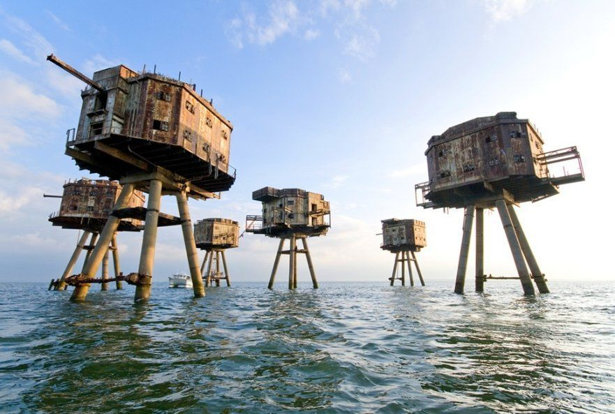 Red-Sands-Sea-Forts-Sealand-UK-881x593