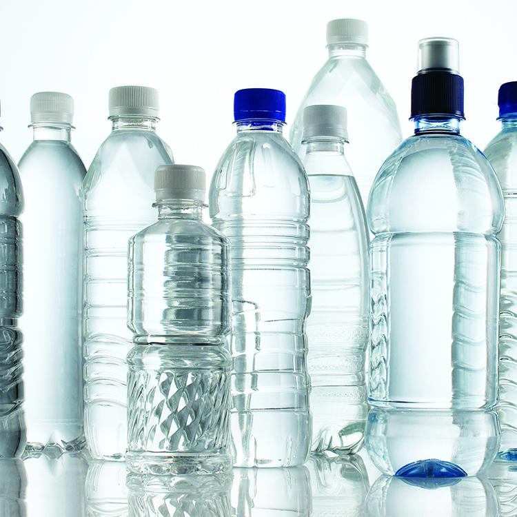 Cómo reciclar botellas de plástico: porqué hacerlo y cúal ...